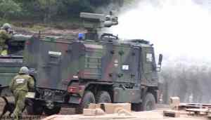 1-87-YAK-Wasserwerfer-der-Bundeswehr-Feldjaeger