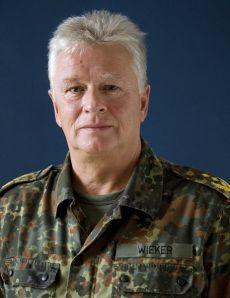 Generalinspekteur der Bundeswehr Volker Wieker