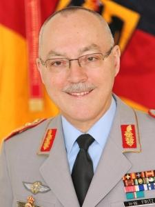 Generalleutnant Hans-Werner Fritz, Befehlshaber des Einsatzführungskommandos der Bundeswehr in Schwielowsee bei Potsdam