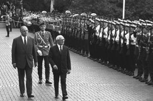Honecker zum Staatsbesuch in der BRD