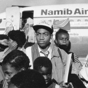 Ankunft der Schwarzen Ossis in Namibia