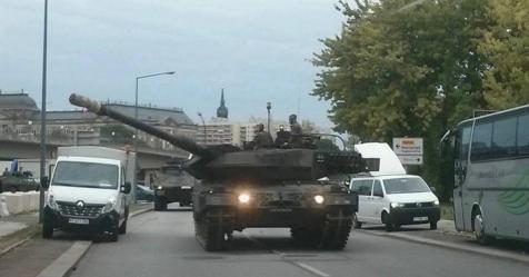 Einheitsfeier Dresden 2016 - Panzer